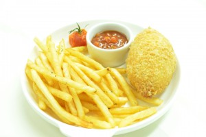 Киевская котлета с картофелем фри