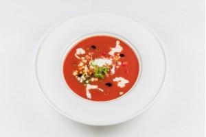 Холодный томатный суп с сыром Страчателла